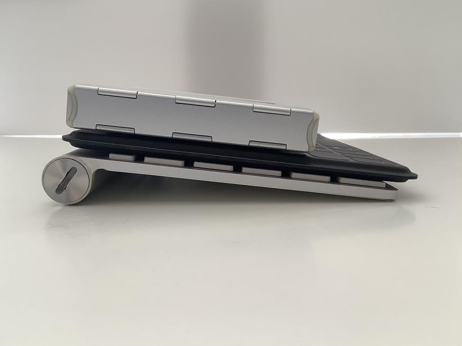 モバイルキーボード厚み比較